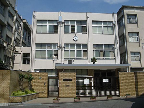 ファミールハイツ北大阪4号棟【ホームズ】建物情報|大阪府 ...