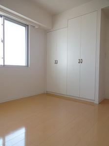 レガーロ西早稲田の寝室