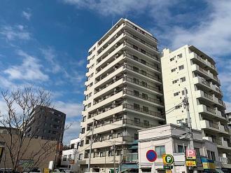 サンピア横須賀の外観