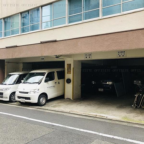 駐 車場 丸ビル 時間駐車料金 |