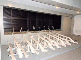 コンポジット早稲田の駐車場