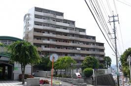 ヒューマンズプラザ青崎376三番館の外観