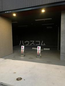 びゅうリエットグラン新宿戸山の駐車場